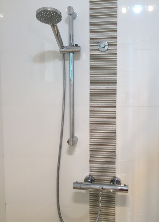 Therm-Oz Showers